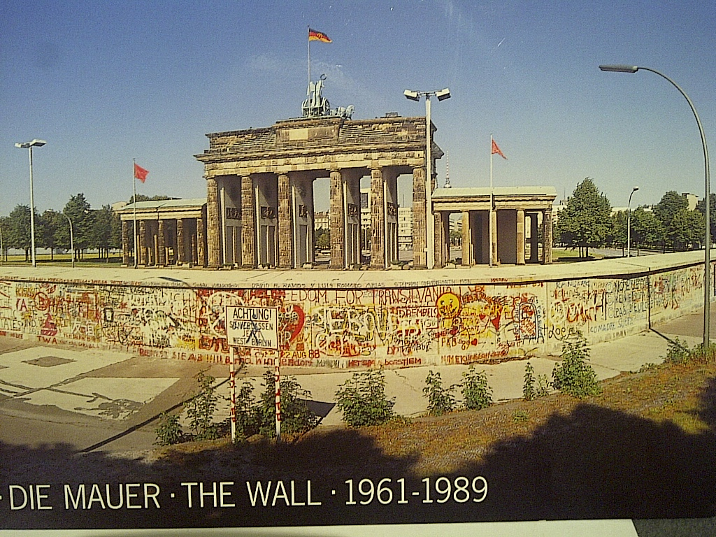 The Berlin Wall in front of the Brandenburg Gate, about ...